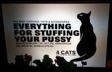 Slogan-cat